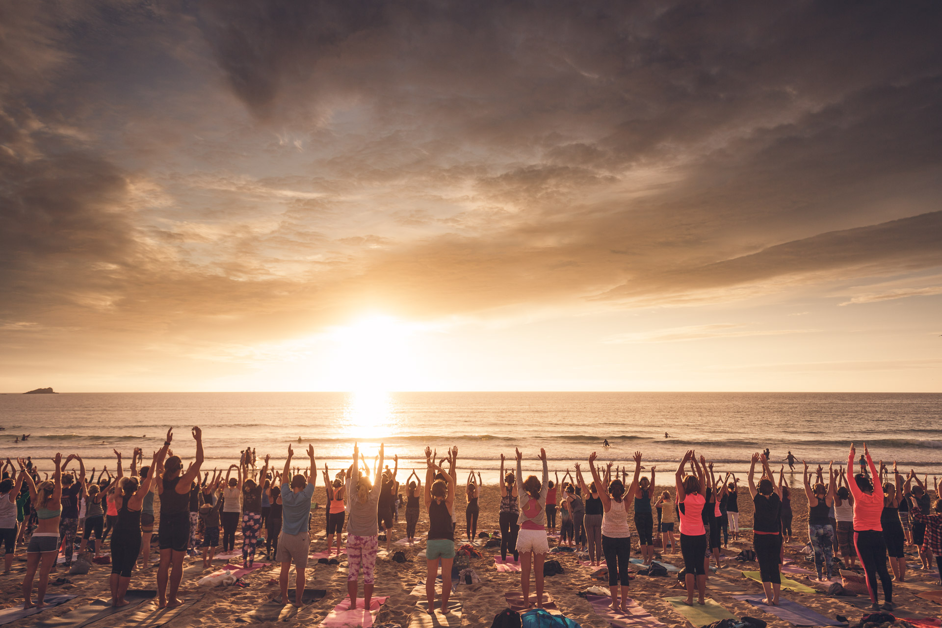 Silent Disco Yoga Oceanflow Fistral Beach Newquay UK